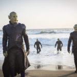 Ben Mendelsohn guida gli Skrull in un momento di Captain Marvel di Anna Boden e Ryan Fleck (USA, 2019)