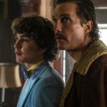 Richie Merritt e Matthew McConaughey in un momento di Cocaine - La vera storia di White Boy Rick di Yann Demange (White Boy Rick, USA 2018)