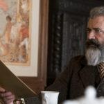 Mel Gibson in un momento de Il professore e il pazzo di Farhad Safinia (The Professor and The Madman, Irlanda, 2019)