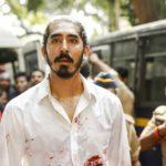 Ancora una drammatica immagine di Dev Patel nel corso di Attacco a Mumbai - Una vera storia di coraggio di Anthony Maras (Hotel Mumbai, India, USA, Australia 2018)