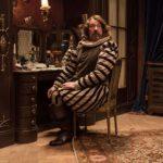 Olivier Gourmet in un momento di Cyrano mon amour di Alexis Michalik (Edmond, Francia, Belgio 2018)