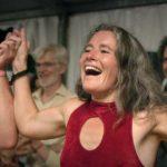 Momenti di gioia nel documentario Le grand bal di Laetitia Carton (Francia, 2018)