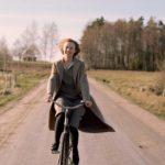 Alba August in un momento di Becoming Astrid di Pernille Fischer Christensen (Unga Astrid, Svezia, Danimarca 2019)