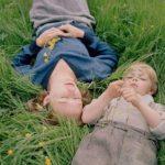 Un'immagine agreste tratta da Becoming Astrid di Pernille Fischer Christensen (Unga Astrid, Svezia, Danimarca 2019)