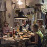 Altri momenti in seno alla famiglia nel corso di Goliath di Peter Grönlund (Goliat, Svezia 2018)