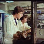 Larry Anderson e Nicholas Hammond in un momento di L'uomo ragno di E.W. Swackhamer (The Amazing Spider-Man, USA 1977)