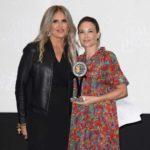 Tiziana Rocca con l'attrice Claire Forlani in un frangente della seconda edizione del Filming Italy Sardegna Festival