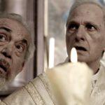 Gianni Cavina e Lino Capolicchio in un momento de Il signor Diavolo di Pupi Avati (Italia, 2019)