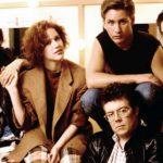 John Hughes assieme a quattro dei cinque giovani interpreti di Breakfast Club (The Breakfast Club, USA 1985)