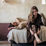 Jessica Cressy e Luca Marinelli in un momento di Martin Eden di Pietro Marcello (Italia, Francia, Germania 2019)
