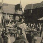 Momenti drammatici per Geraldine Farrar, protagonista di Joan the Woman di Cecil B. DeMille (USA, 1916)