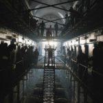 Una significativa immagine tratta da The Informer - Tre secondi per sopravvivere di Andrea Di Stefano (UK, 2019)