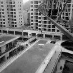 Un'immagine urbana dal documentario Present. Perfect. di Shengze Zhu (Wan mei xian zai shi, Cina, Hong Kong, USA 2019)