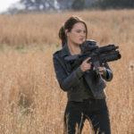 Emma Stone in versione armata e pericolosa in Zombieland - Doppio colpo di Ruben Fleischer (Zombieland: Double Tap, USA 2019)