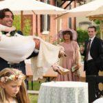 Scene da un matrimonio in 18 regali di Francesco Amato (Italia, 2020)
