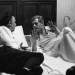 Federico Fellini e Marcello Mastroianni in un'immagine dal set di 8½ (Italia, Francia 1963)