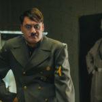 Taika Waititi è Adolf Hitler in Jojo Rabbit di Taika Waititi (USA, Nuova Zelanda, Repubblica Ceca 2019)