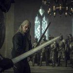 Henry Cavill in duello durante The Witcher, serie televisiva creata da Lauren Schmidt (USA, Polonia 2019)