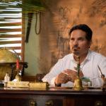 Michael Peña, inquietante anfitrione di Fantasy Island di Jeff Wadlow (USA, 2020)