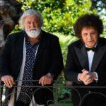 Diego Abatantuono e Christian De Sica in un'immagine tratta da La mia banda suona il pop di Fausto Brizzi (Italia, 2020)
