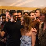 Foto di gruppo durante L'hotel degli amori smarriti di Christophe Honoré (Chambre 212, Francia, Belgio, Lussemburgo 2019)