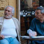 Giorgio Colangeli e Gianni Di Gregorio in un momento di Lontano lontano di Gianni Di Gregorio (Italia, 2019)