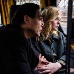 Javier Bardem ed Elle Fanning in un momento di The Roads Not Take di Sally Potter (UK, USA, Svezia 2020)