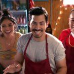 Personaggi sorridenti in Gentefied, serie tv creata da Marvin Levus e Linda Yvette Chavez (USA, 2020)