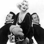 Marilyn Monroe, Tony Curtis e Jack Lemmon in un'immagine pubblicitaria di A qualcuno piace caldo di Billy Wilder (Some Like It Hot, USA 1959)