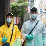 Tenuta anti-covid durante I WeirDO di Liao Ming-yi (Taiwan, 2020)
