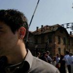 Un'immagine tratta dal documentario Memorie - In viaggio verso Auschwitz di Danilo Monte (Italia, 2014)