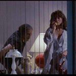Deborah Shelton in grave pericolo durante Omicidio a luci rosse di Brian De Palma (Body Double, USA 1984)