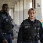 Ancora i due attori in una tensiva immagine tratta da Police di Anne Fontaine (Francia, 2020)